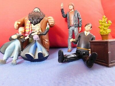 Diverse Harry Potter Figuren, Hagrid, Ron, Nevil...