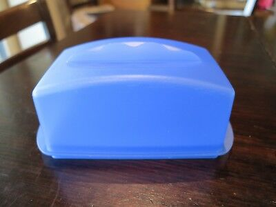 TUPPERWARE - BUTTER BUDDY Cheese Keeper Box Storage (BUTTER KEEPER)
