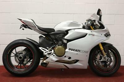 Ducati 1199 S Panigale **Ohlins Suspension, Quickshifter, Traction Control**