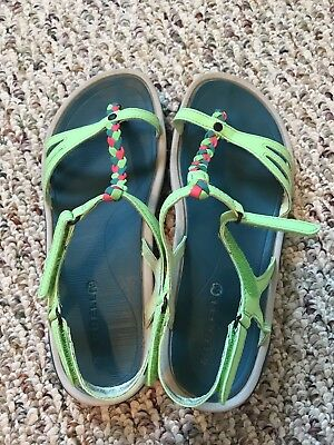 ff5d841421bf Merrell womens bright green enoki twist strappy comfort walking sandal size  8