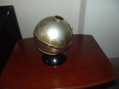 vintage  world globe transistor six radio fleetwood .