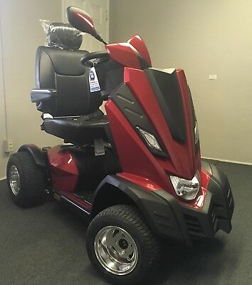 KING COBRA EXECUTIVE 4 Wheel Scooter New ( Unpacked from box