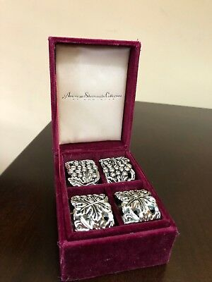 "Godinger Silver Art Co. Set of 4 "" Grape Cluster "" Napkin Rings original box"