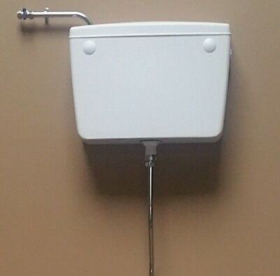 Urinal Cistern - Plastic Auto Flush suits stainless trough or ceramic pods.