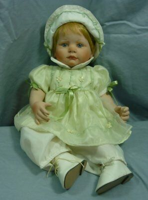 Paradise Galleries Catherine AEL2004 Signed Porcelain Doll 18I049