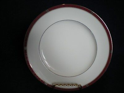 "NEW ROYAL DOULTON RADIANCE 8 1/4"" Salad Plate Bone China New with Tags"