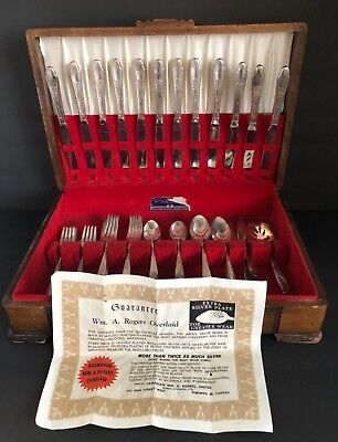ANTIQUE WM ROGERS IS Silver Plate Silverware Set With 58 Serving Pcs. & Case