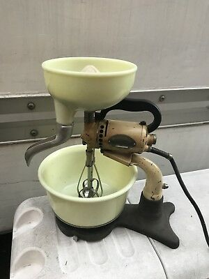 Vintage Hamilton Beach Model B Combination Food Mixer And Extractor Working