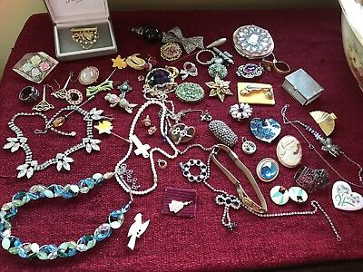 Vintage Job Lot Of Mixed Costume Jewellery. Good Re Sale Value.