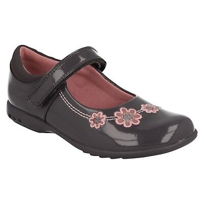 Girls Clarks Trixi Whizz Infant Hook & Loop Kids Casual Shoes Flower Pumps Size