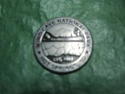 WIND CAVE NATIONAL PARK SOUTH DAKOTA ALVIN McDONALD EXPLORER METAL TOKEN (T18)