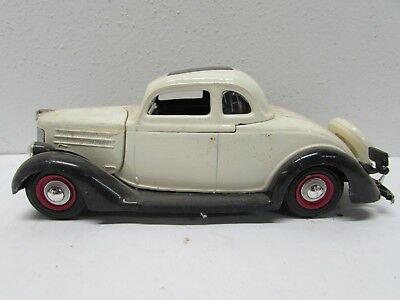 1936 FORD  Coupe with Rumble Seat Built Model Kit