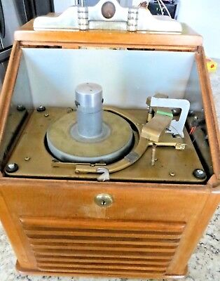 Vintage 1950 RISTAUCRAT 45 COUNTERTOP JUKEBOX FOR PARTS FREE SHIPPING IN USA 48!