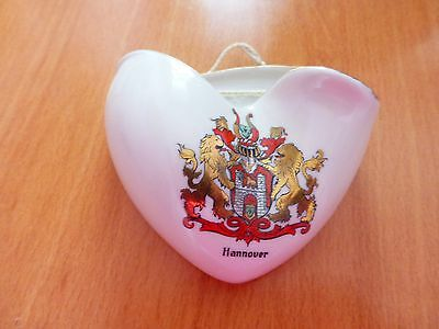 Vintage porcelain wall pocket, souvenir of Hannover Germany. About 10cms by 9cms