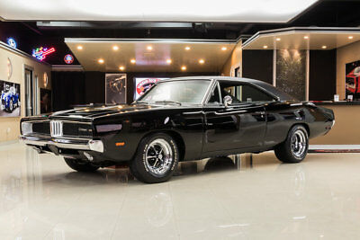 Dodge Charger  Charger Restomod! 528ci Mopar Performace HEMI, 727 Automatic, PS, PB, Sure-Grip