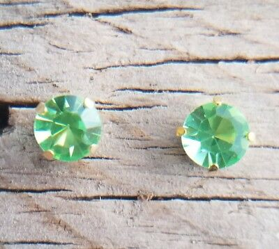 Vaseline Uranium Glass Stud Earrings 6Mm Gold Plated