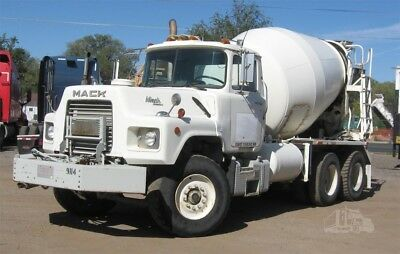1991 Mack Mixer Low Miles Works Great