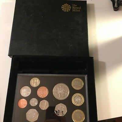 Great Britain UK 2009 Proof Set 12 Coins with Rare 50 Pence Kew Garden Pagoda