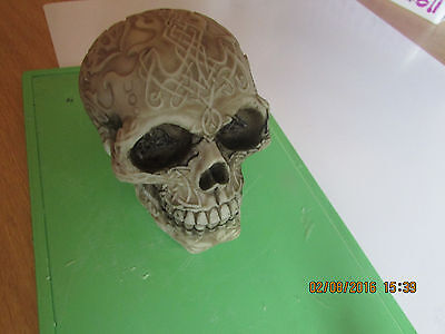 LATEX MOULD MOLD OF A CELTIC SKULL WITH AMAZING CLEAR MARKINGS  12cmsx8cmsx8cms