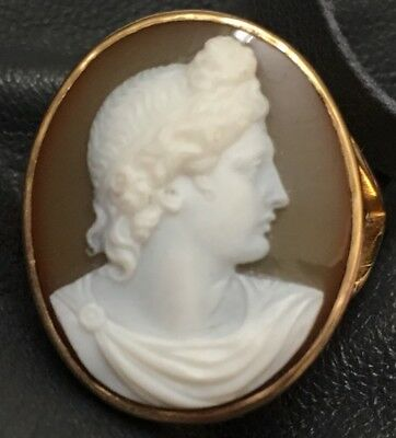 Antique Hardstone Cameo Carnelian 18 Karat Gold Ring Roman Caesar Greek Apollo