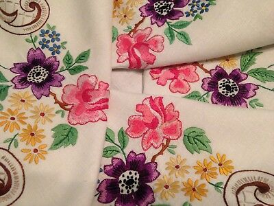 Vintage Hand Embroidered Linen Tablecloth ~ Beautiful Flowers