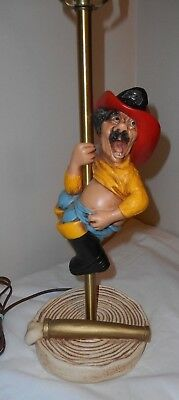 216 1983 UNIVERSAL STATUARY Fireman Firefighter Novelty Figure made into a LAMP