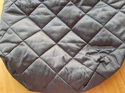 Cosy soft lined footmuff, universal design, grey, excellent condition, hooded