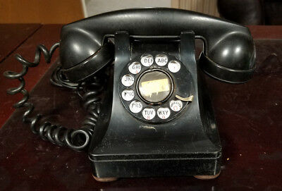 Vintage 1940's Western Electric Bell Systems Telephone model 302!