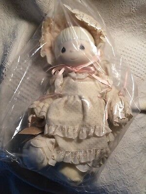 """Precious Moments Kristy Doll 1983-1984 14"""" New in box, missing bag"""