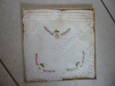 VINTAGE 3x White Handkerchiefs - NEW in packaging