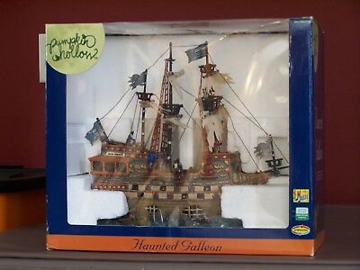 LEMAX HAUNTED GALLEON.  Retired And Rare 35781