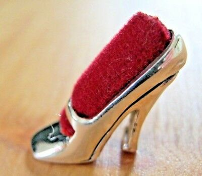 Cute Antique Style Cinderella Shoe Hallmarked Solid Sterling Silver Pin Cushion