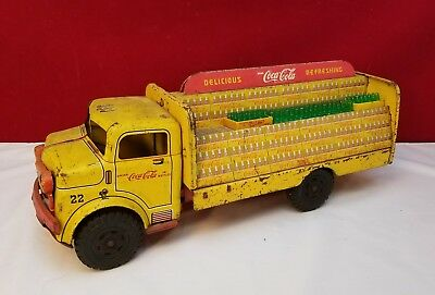 """RARE VINTAGE MARX PRESSED STEEL """"COCA-COLA"""" DELIVERY TRUCK with BOTTLES & CRATES"""