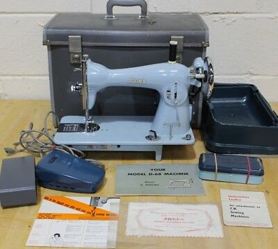 JONES MODEL D-68 HEAVY DUTY Electric Sewing Machine Accs + Case + Manual - 205