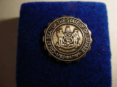 """Vintage """"Great Seal of the Great State of Delaware"""" Lapel Pin -  Rare"""