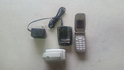 LG VX4400 Cell Phone Verizon with base charger