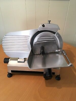 Globe ChefMate GC9 Meat & Cheese Slicer