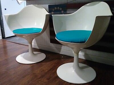 VINTAGE Pair of Mid-Century MOD Daystrom White & Teal Tulip Arm Dining Chairs