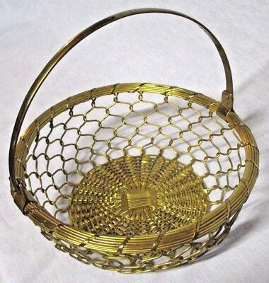 """Vintage Gold Metal Woven Wire Basket Swing Handle Round Country Kitchen Decor 8"""""""