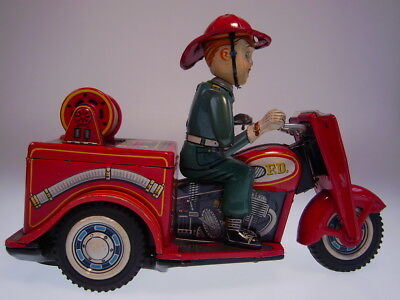 """GSMOTO *FIRE DEPT. NO. 3  AUTO-TRICYCLE"""" T.N.JAPAN 1960s, BO OK, NEARLY NEW/NEU"""