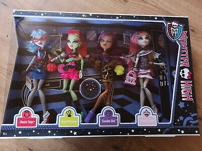 Monster High Ghouls Night Out Ghoulia Venus Clawdeen Rochelle