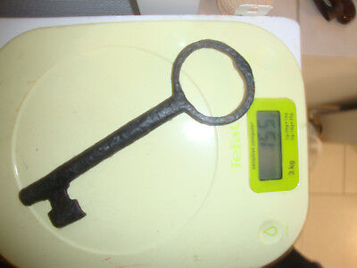 Authentic Large Antique French Key 18/19th Century wrought iron castle - n°12