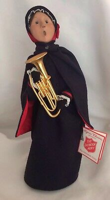 Vintage BYERS CHOICE SALVATION ARMY LADY CAROLER With French Horn with Tag 1992