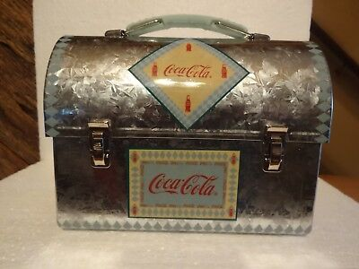 2001 Coca-Cola Tin Lunch Box With  Handle [ NEW ]