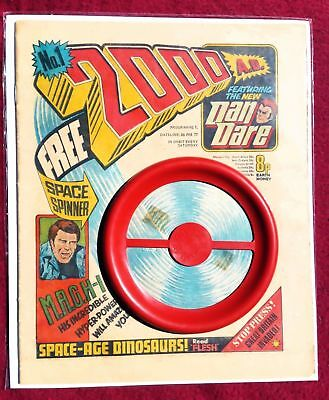 2000AD PROG 1 with Free Gift. 1st Issue. 1st Print. Original.  Lovely condition