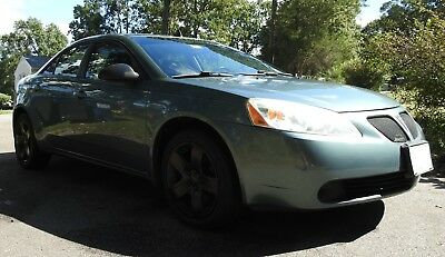 2009 Pontiac G6 Base Pontiac G6 Low mileage Sedan Nice and Clean