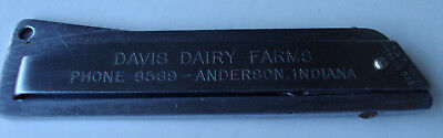 Davis Dairy Farms, Anderson, Indiana Advertising Keychain Folding Knife