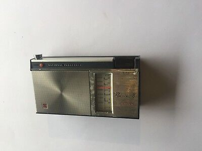 Vintage 1960s Transistor Radio National Panasonic 8 (R-205HB) 1967 SEE PHOTOS