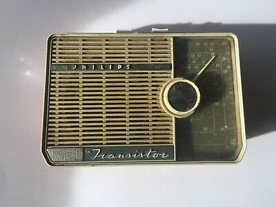 Vintage 1960s Transistor Radio Philips 7 Safari PL2 1962 Rare SEE PHOTOS