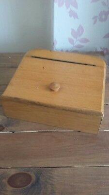 Small Wooden Box ( till )